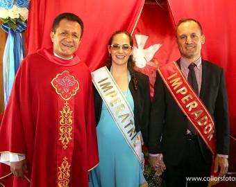Padre Fred e imperadores de Barra Velha (foto anterior à pandemia)