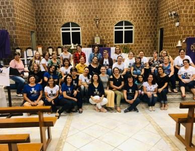 Mães que oram pelos filhos: Movimento reúne mais de 500 mulheres na Diocese de Joinville