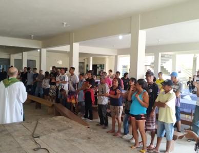 Igreja de Joinville faz ação social para pessoas que vivem nas ruas
