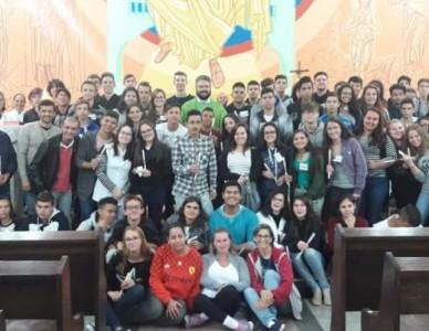 Paróquia São João Batista de Garuva promove retiro de crisma