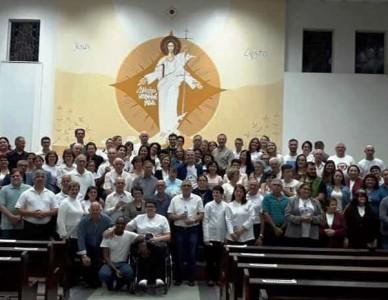 120 fiéis da Paróquia São Sebastião, do Iririú, saíram em missão em outubro