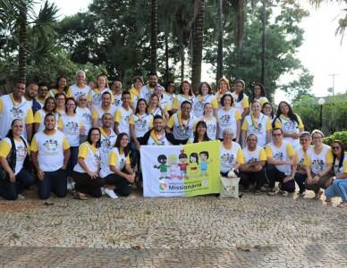 Representante da Diocese de Joinville participa de evento nacional da Infância e Adolescência Missionária