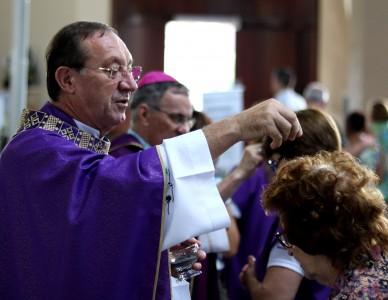 Em função da pandemia, Vaticano muda o rito de imposição das cinzas no início da Quaresma