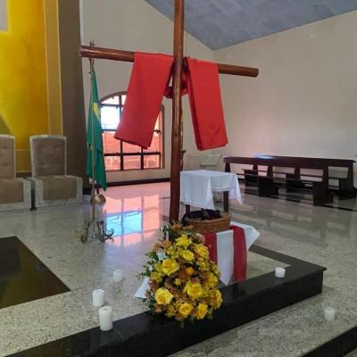 Entrega da cruz na Comunidade Nossa Senhora de Lourdes