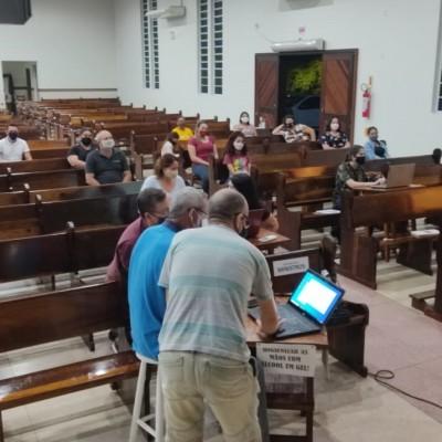 Pascom do bairro Adhemar Garcia participa de formação sobre realização de lives