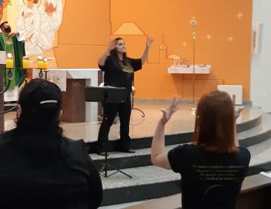 Pastoral do Surdo inicia atividades na Paróquia Divino Espírito Santo