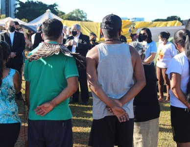 Presidente e secretário-geral da CNBB visitam acampamento Luta pela Vida, em Brasília